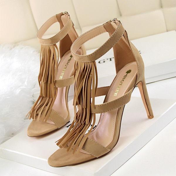 【01122】 時尚性感流蘇高跟涼鞋《FM-AB125》
