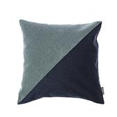 HOLA 奢華風三角繡花抱枕-棕藍45x45