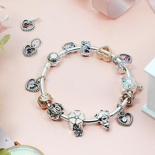 Pandora 潘朵拉 花瓣粉圓珠水晶心形 垂墜純銀墜飾 798854C09