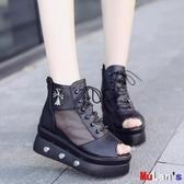 【伊人閣】楔形涼鞋 涼鞋 坡跟 厚底 魚嘴鞋 高幫 網面 鬆糕 高跟鞋