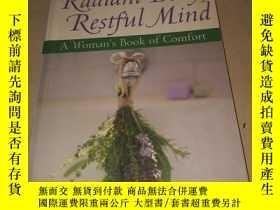 二手書博民逛書店Radiant罕見Body,Restful Mind A Woman s Book of Comfort 女人的安