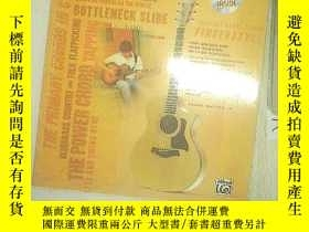 二手書博民逛書店THE罕見TOTAL ACOUSTIC GUITARIST 01