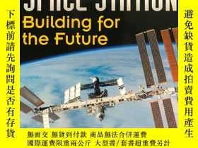 二手書博民逛書店The罕見International Space Station