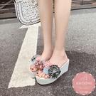 楔型涼鞋 立體花苞度假風手工款 厚底涼鞋*KWOOMI-A51