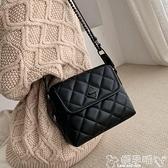 小方包 小眾設計包包女2021潮時尚菱格錬條側背斜背包ins百搭小方包 嬡孕哺