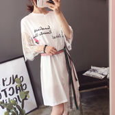 VK精品服飾 韓國風拼接不規則蕾絲玫瑰花短袖洋裝
