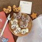 【BlueCat】貓咪愛吃魚 毛絨 別針 胸針 貓 小魚 飾品