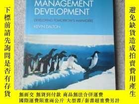 全新書博民逛書店Leadershipand Management Develop