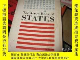 二手書博民逛書店The罕見Arrow Book of STATES 1972多圖