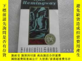 二手書博民逛書店英文原版罕見ERNEST HEMINGWAY A FAREWELL TO ARMS 歐內斯特·海明威永別了,武器
