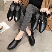 新款英倫黑色小皮鞋女學生韓版百搭尖頭中跟粗跟平底單鞋     俏女孩