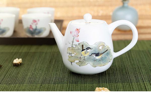荷塘趣茶壺-(180ml) 泡茶器 茶壺 花茶壺 陶瓷壺 現貨