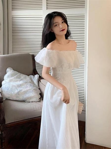 高端茶歇法式復古設計感小眾一字肩白色洋裝子女2021年夏季新款 喵小姐