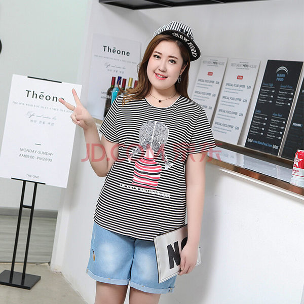 T恤【7443】FEELNET中大尺碼女裝2018夏裝條紋印花短袖上衣M~2XL