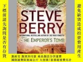 二手書博民逛書店The罕見Emperor   s Tomb 皇帝的墓Y1600