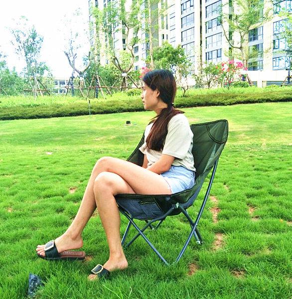 迷彩大號沙灘椅成人月亮椅懶人椅戶外沙發折疊椅帆布椅  IGO