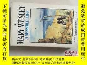 二手書博民逛書店A罕見SENSIBLE LIFE(英文原版,32開一厚冊)Y17