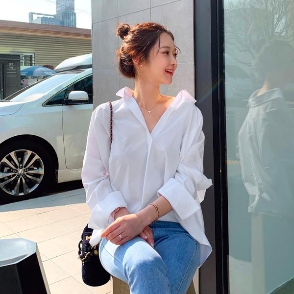 韓國製.經典時髦寬鬆V領後排釦長袖襯衫.白鳥麗子