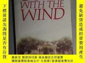 二手書博民逛書店英文原版罕見Gone With the Wind by Marg