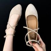 尖頭交叉綁帶單鞋女春季新款平底淺口瓢鞋百搭一字扣帶少女學生鞋