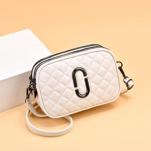 斜背包 春夏三層百搭迷你小包包女2021新款潮時尚軟皮菱格側背斜背相機包 晶彩 99免運