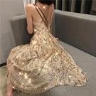 快速出貨 2019夏新款網紅款V領亮片性感漏背吊帶裙很仙的法國小眾桔梗裙女