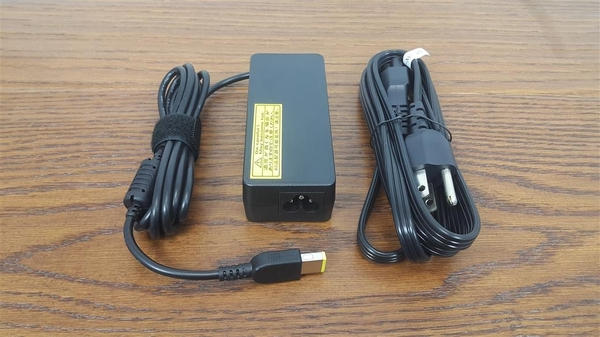 LENOVO 高品質 65W USB 變壓器 Z710p 40-70 Z50-70 Z70-80 G40-50 G50-30 G50-70 G50-80 Lenovo IdeaPad  Yoga11
