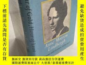 二手書博民逛書店Hour罕見of Gold, Hour of Lead: Dia