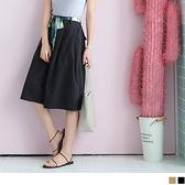 OB嚴選《BA3411-》附綁帶後腰鬆緊打褶造型挺版七分寬褲.2色