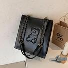 復古小熊側背包女士百搭大容量錬條購物袋托特包【邻家小鎮】