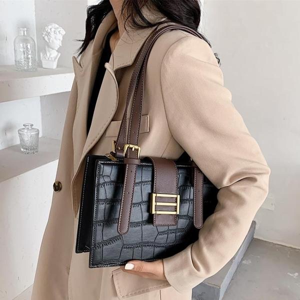 高級感包包女包新款潮時尚復古側背腋下包小眾設計百搭托特包