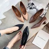韓版尖頭單鞋平底中跟復古奶奶鞋女粗跟軟皮百搭女鞋 格蘭小舖