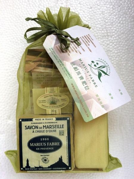 法鉑 馬賽手工皂 綠沙袋組 法國原裝 (經典馬賽皂200g*1、草本精油皂150g*1、草本試用皂20g*3)