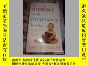 二手書博民逛書店the罕見mother of all pregnancy boo