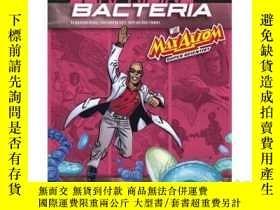 二手書博民逛書店The罕見Surprising World of Bacteri