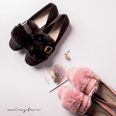 滿600折百-現貨-MIUSTAR 氣質甜美毛絨側假釦環平底鞋(共2色,36-39)【ND4812V1】