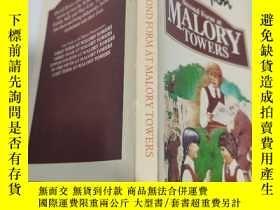 二手書博民逛書店second罕見form at malory towers 馬洛裏大廈的第二種形式Y200392