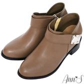 Ann'S訂製名品-方型銀扣激瘦V口粗跟短靴-咖啡