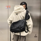 單肩包男女時尚斜挎包防劃耐磨大容量背包情侶包時尚百搭尼龍帆布郵差包【愛物及屋】