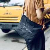 帆布側背包-簡約字母印花純色男女單肩包4色73xo38[時尚巴黎]