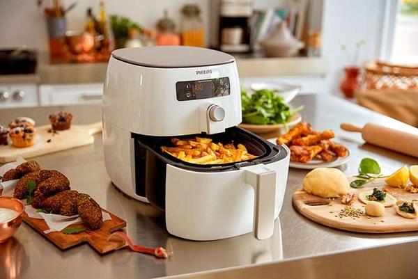 PHILIPS飛利浦 第三代健康氣炸鍋 加贈HD9940煎烤盤+HD9925烘烤鍋+特製氣炸鍋食譜+噴油罐_8/31止