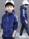 男童外套 男童秋裝外套春秋款新款洋氣中大童韓版加絨刷毛加厚兒童沖鋒衣冬