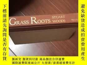 二手書博民逛書店GRASS罕見ROOTS STUART WOODSY12597
