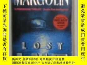 二手書博民逛書店原版英文書《罕見Lost Lake 》by Phillip Ma