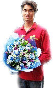網路人氣情意花店~花禮即時送~深情如海~11朵晶鑽藍玫瑰花束~
