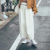 Queen Shop【04101373】簡單配色車線打摺造型寬褲 S/M/L*現+預*