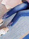 【雙十二】預熱2018新款女童洋氣韓版潮小腳褲子中大童裝兒童加絨加厚外穿牛仔褲 巴黎街頭
