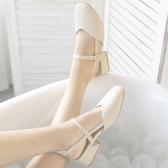 中跟鞋 夏季新款中跟粗跟涼鞋女包頭復古奶奶鞋學生方頭中空大碼女鞋  茱莉亞