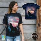 【摩達客】(預購)美國進口The Mountain 愛國狼嚎純棉環保藝術中性短袖T恤
