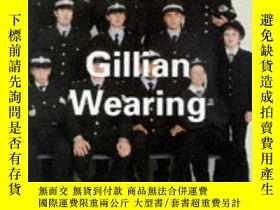 二手書博民逛書店Gillian罕見Wearing (Contemporary Artists SeY237948 Russel